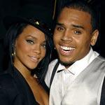 """Rihanna и Chris Brown вновь заявляют: Они """"Просто Друзья"""""""