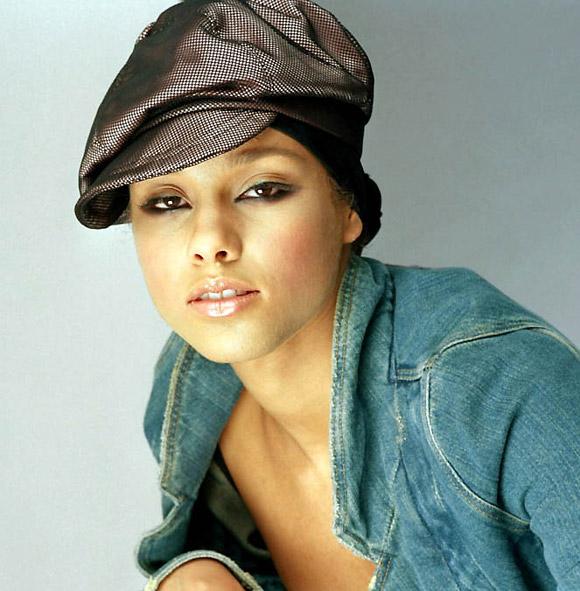 Все фото Alicia Keys. предыдущая фотография. следующая фотография.