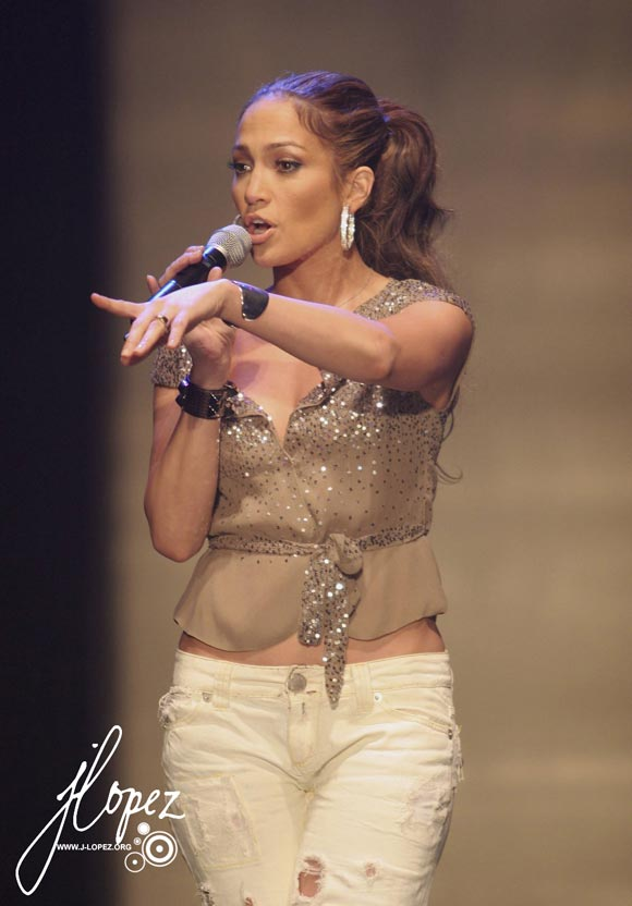 http://www.rnb-music.ru/photos/Jennifer_Lopez/Jennifer_Lopez_091.jpg